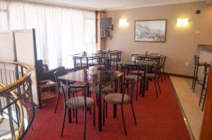 Cafetería Hotel La Ronda