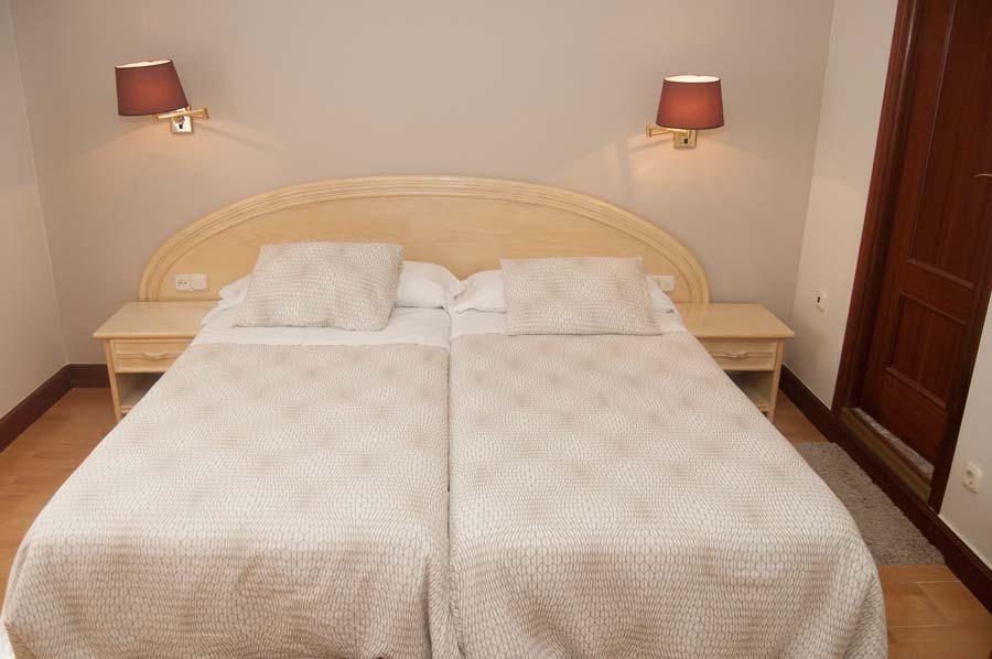 Habitación Hotel La Ronda, Castro Urdiales, Cantabria